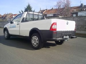 ATTELAGE Fiat Strada pick-up 2000 - attache remorque BRINK-THULE