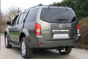 ATTELAGE NISSAN Pathfinder 2005-> - rotule equerre - attache remorque BRINK-THULE