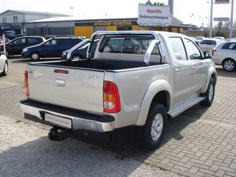 ATTELAGE TOYOTA Hi-Lux 4x4 pick-up(N25/N26) avec bar de protection 2010-> - Rotule equerre BRINK-THULE